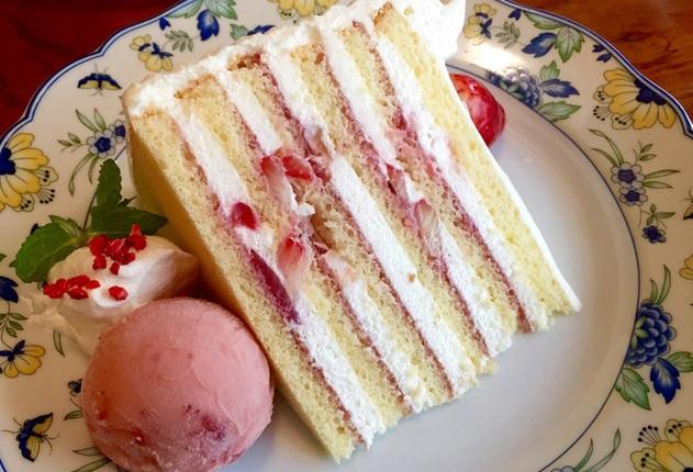 本店 自家製ショートケーキ